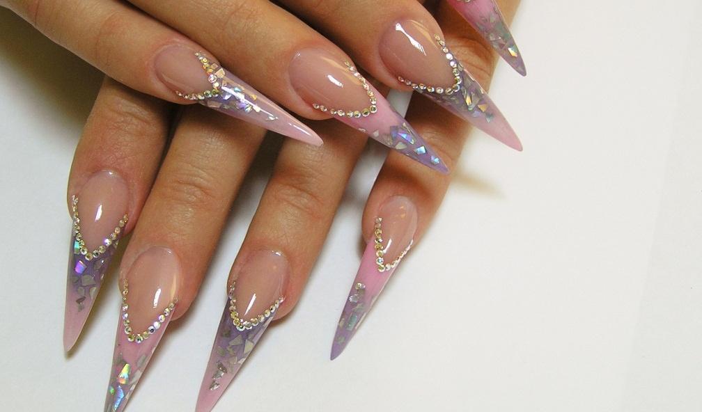 Дизайн стилета на ногтях